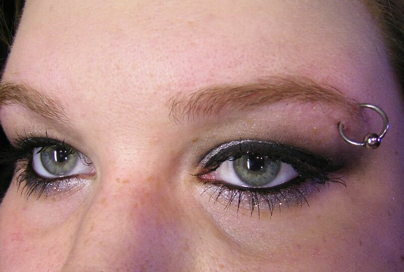 Eyebrow Vertical Ring Piercing